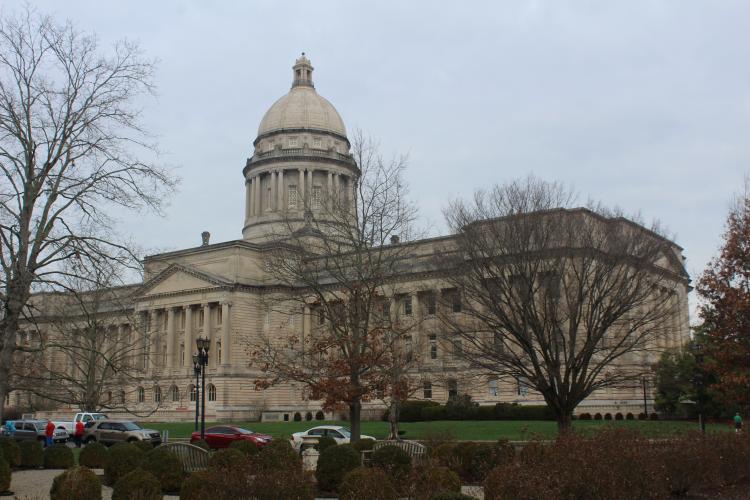 Co-Ops Urge YES Vote On Net Metering Bill In Ky Senate